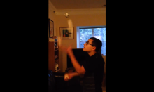 Nicholas Hemachandra 4-ball juggling
